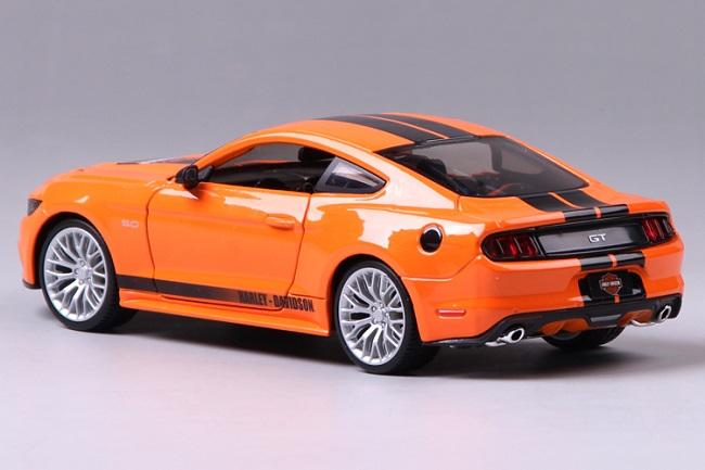 โมเดลรถ รถเหล็ก โมเดลรถเหล็ก โมเดลรถยนต์ Ford Mustang 2015 4