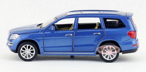 โมเดลรถเหล็ก โมเดลรถยนต์ Benz GL500 10