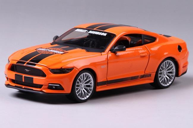 โมเดลรถ รถเหล็ก โมเดลรถเหล็ก โมเดลรถยนต์ Ford Mustang 2015 1