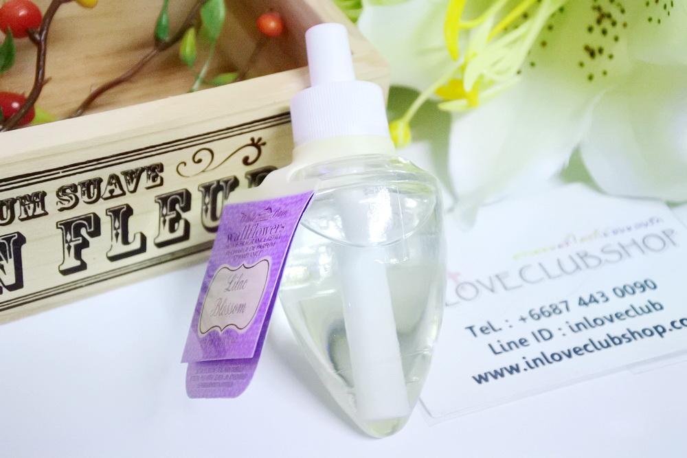 Bath & Body Works / Wallflowers Fragrance Refill 24 ml. (Lilac Blossom)
