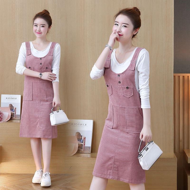 **สินค้าหมด Dress3865-Pink ชุดเอี๊ยมกระโปรงยาวผ้ายีนส์ลูกฟูกเนื้อดีมาก สายปรับความยาวได้ มีกระเป๋าหน้า/ข้างและหลัง ผ่าชายกระโปรงด้านหลังเล็กน้อยเพื่อความคล่องตัว งานดีทรงสวยใส่แล้วน่ารักสุดๆ (ไม่รวมเสื้อตัวใน) สีพื้นชมพู