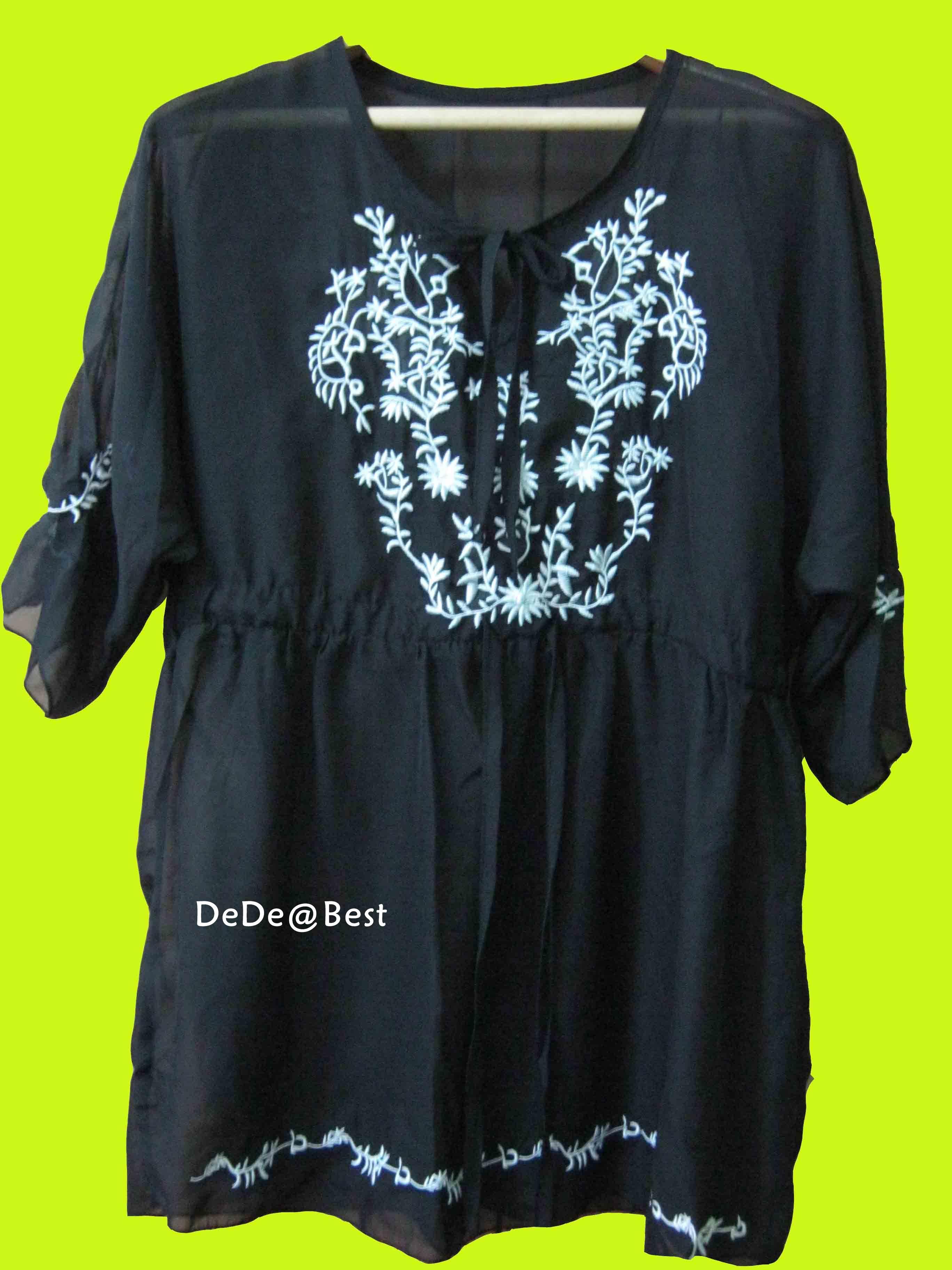 ขายแล้วค่ะ T22:Vintage top เสื้อซีฟองสีดำตัวยาวปักลายเถาดอกไม้ขาว&#x2764