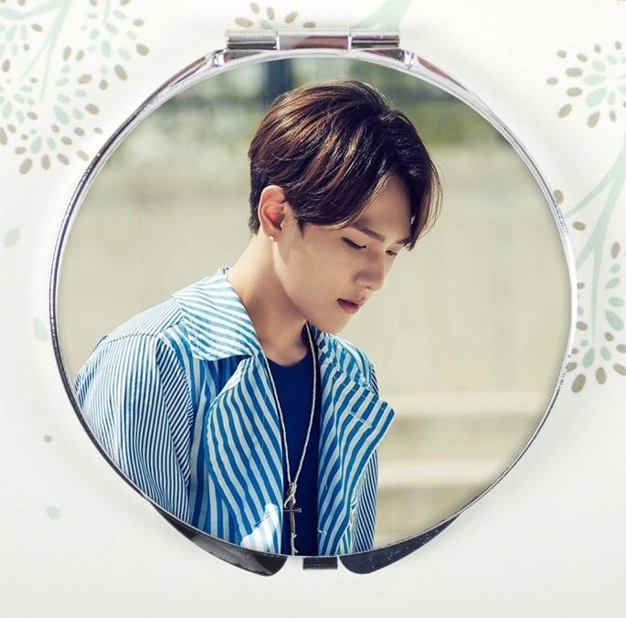 กระจกพกพา iKON - คิม ดงฮยอก