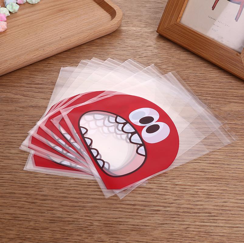 ถุงเบเกอรี่ ถุงขนมปัง แบบมีเทปกาว รูปมอนสเตอร์ สีแดง 100 ใบ/ห่อ (10*10+3 cm.)