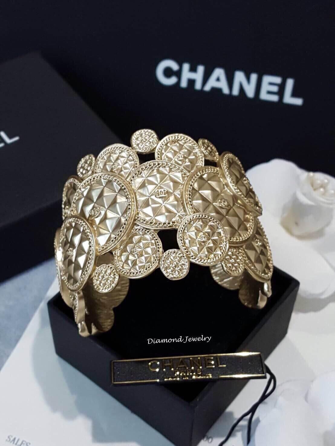 พร้อมส่ง Chanel Cuffs งานเหมือนแท้ที่ซูดดด
