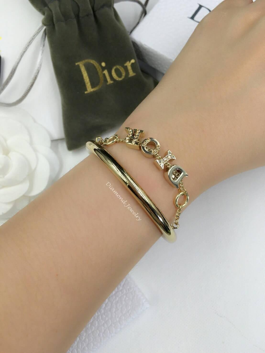 พร้อมส่ง Christian Dior Bangle กำไลดิออ งานน่ารัก