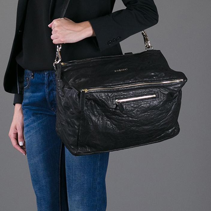 กระเป๋าหนังGivenchy Large Pepe Pandora Bag 1:1