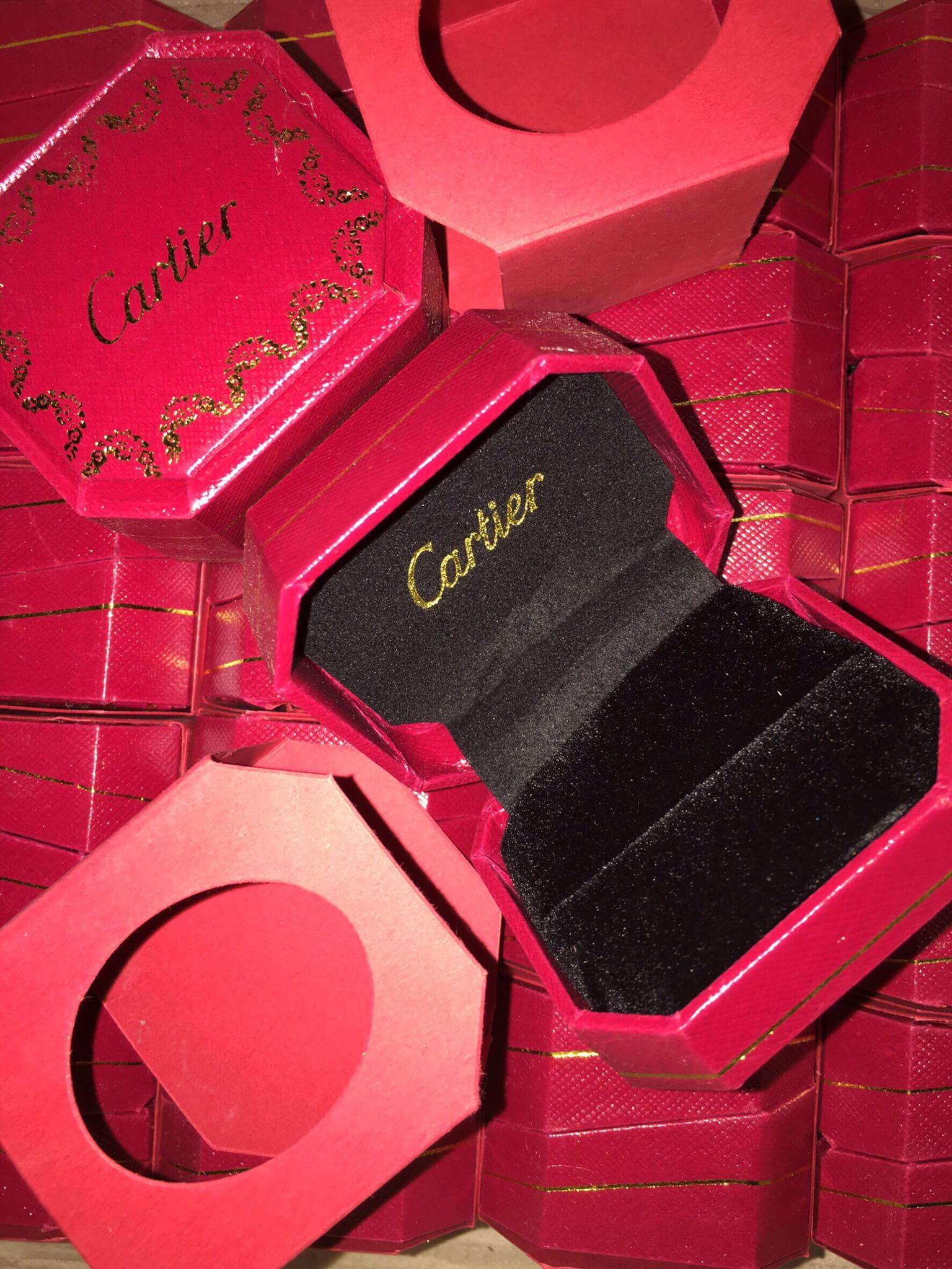 พร้อมส่ง กล่อง Cartier ใส่แหวน เพิ่มมูลค่า