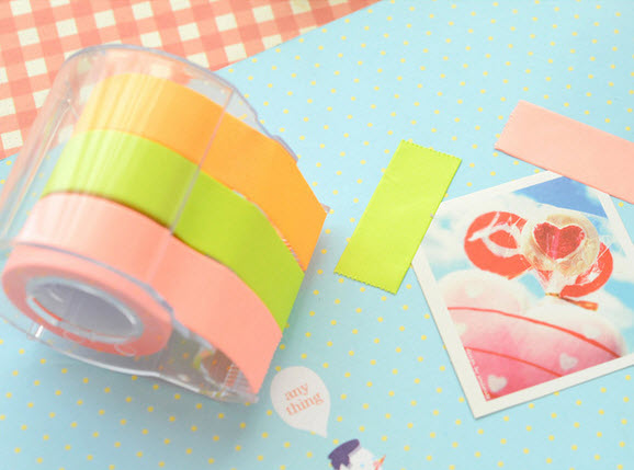 Paper Tape เทปกาวสีสดใส พร้อมแท่นตัด