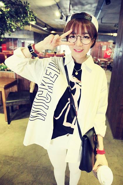 เสื้อเชิ้ตขาวพิมพ์ลาย B L K ..D N M!! 11