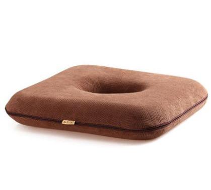 เบาะรองนั่ง เพื่อสุขภาพ ทรงโดนัทสี่เหลี่ยม (CU-013) เบาะรองนั่ง เมมโมรี่โฟม ผ้ากำมะหยี่ แก้ปวดหลัง ใช้นั่งสมาธิ รองนั่งรถยนต์ นั่งทำงาน (Hip Shape Rectangle Donut Memory Foam Cushion)