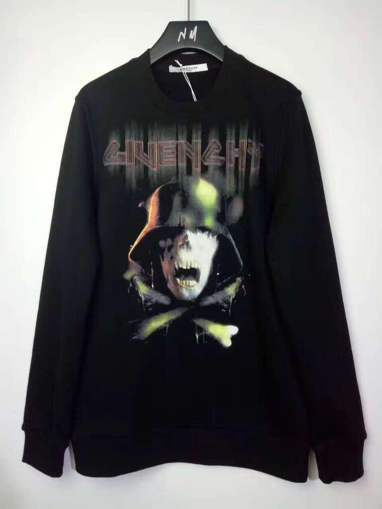 เสื้อแขนยาว Givenchy Skull And Crossbones Print Sweatshirt 1