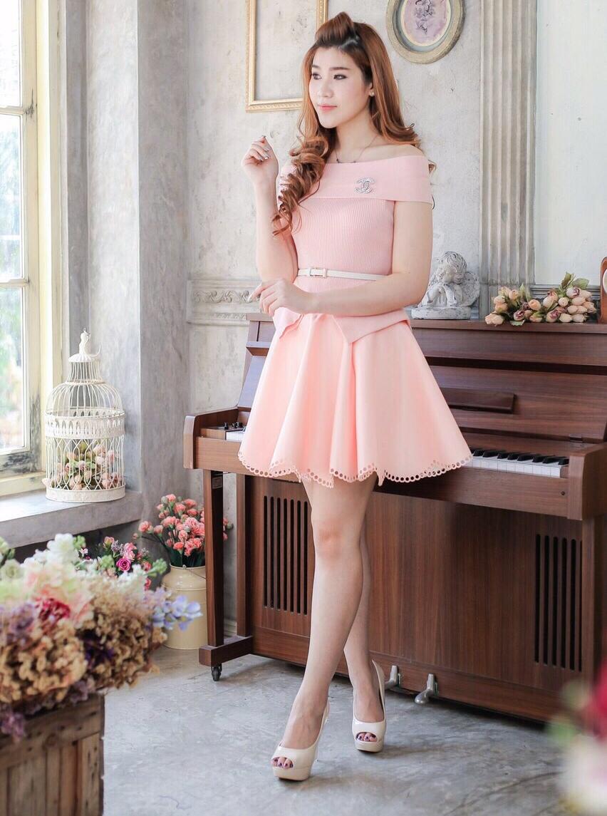 ชุดไปงานแต่งงาน ชุดออกงาน โทนสีชมพู เปิดไหล่ สวยหรู น่ารักๆ ราคาถูก