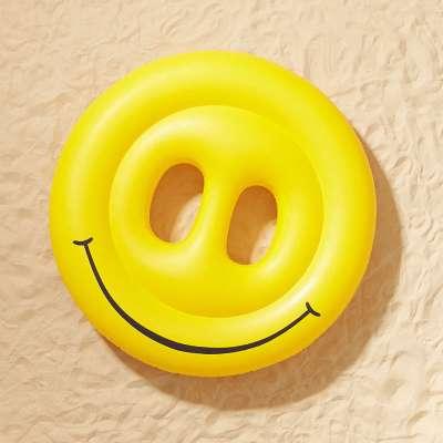 ห่วงยางแฟนซีหน้ายิ้ม