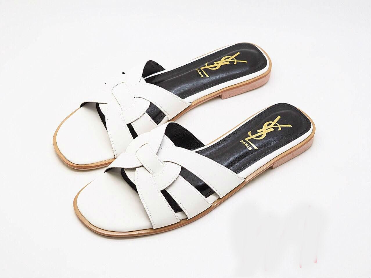 รองเท้าแตะแฟชั่น แบบสวม คาดหน้าสไตล์อีฟแซงสวยเก๋ อินเทรนด์ หนังนิ่ม ทรงสวย ใส่สบาย แมทสวยได้ทุกชุด (FT-607)