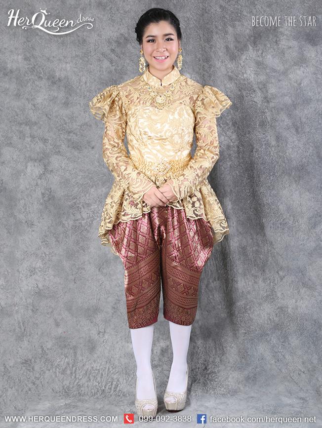เช่าชุดไทย &#x2665 ชุดไทย ร.5 เสื้อลูกไม้หน้าสั้นหลังยาว สีทอง พร้อมโจงกระเบน