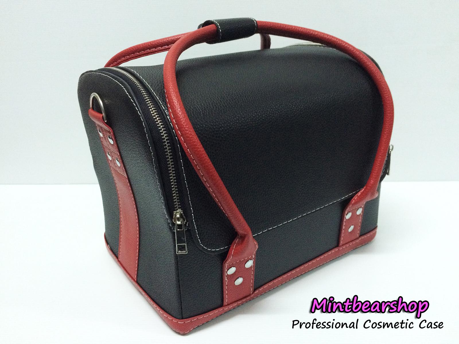 กระเป๋าเครื่องสำอางค์ Series C (Black/Red)