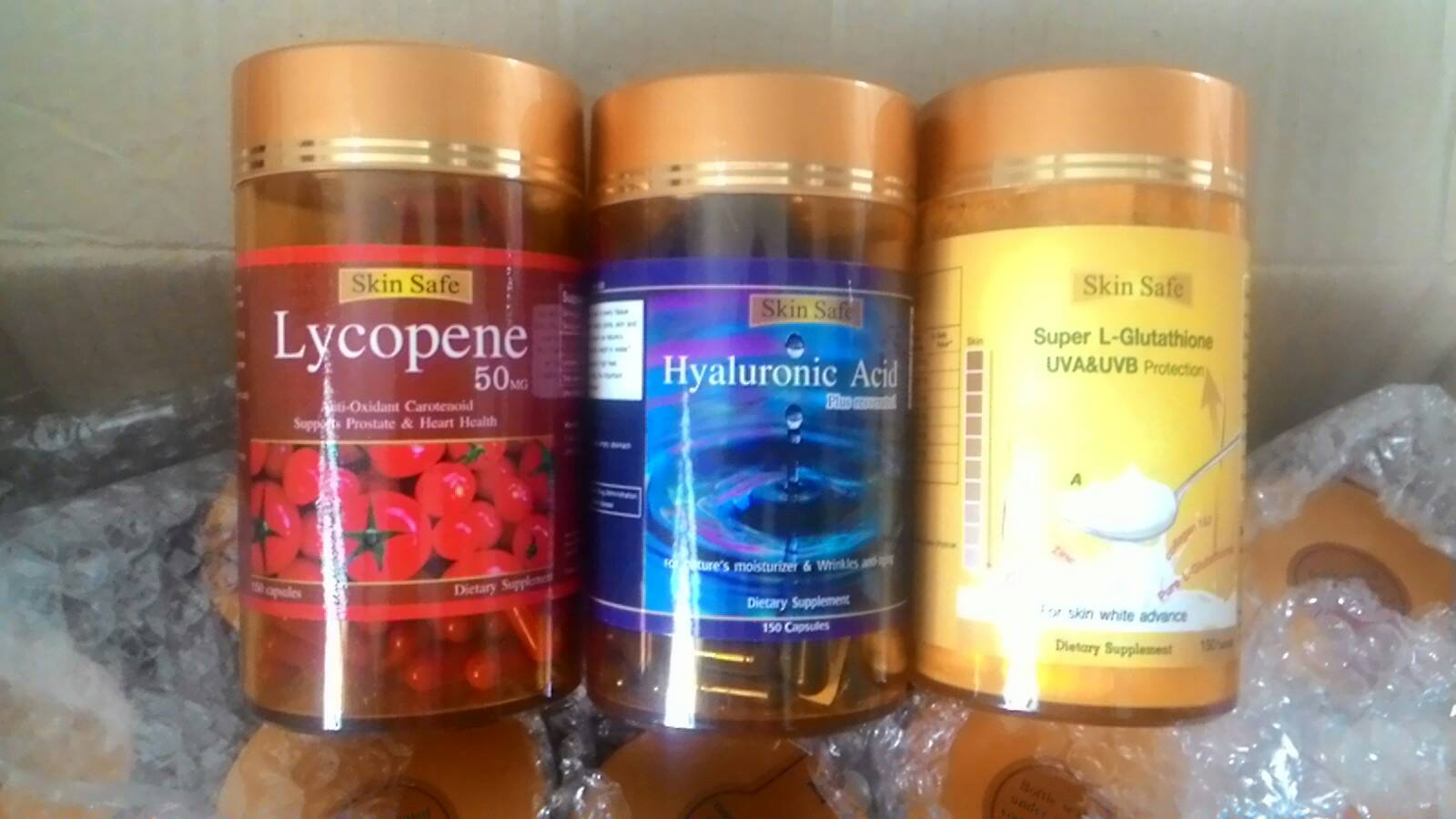 สารสกัดมะเขือเทศ1ปุก 150 เม็ด +ไฮยาลูรอน 1ปุก 150 เม็ด + กลูต้าไธโอน 1ปุก 150 เม็ด