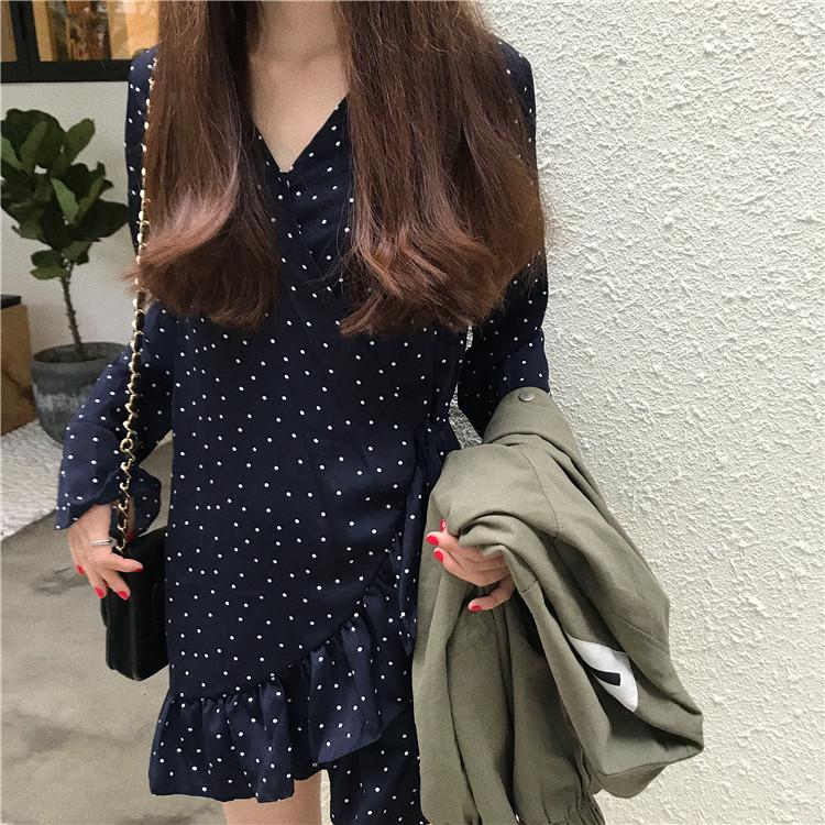 Polka-dot mini warp dress