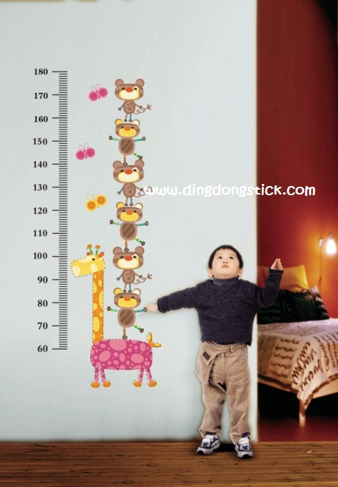 """สติ๊กเกอร์ติดผนังพีวีซีเนื้อใส ที่วัดส่วนสูง """"ที่วัดส่วนสูงตุ๊กตาไม้"""" สเกลเริ่มต้น 60 cm ถึง 180 cm"""