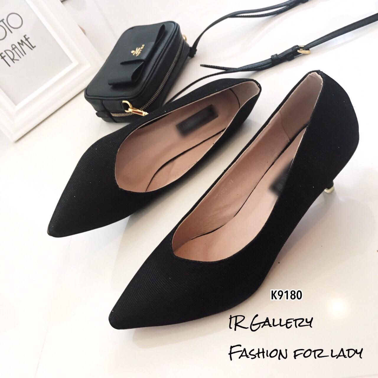 รองเท้าคัทชูกลิตเตอร์ (สีดำ)