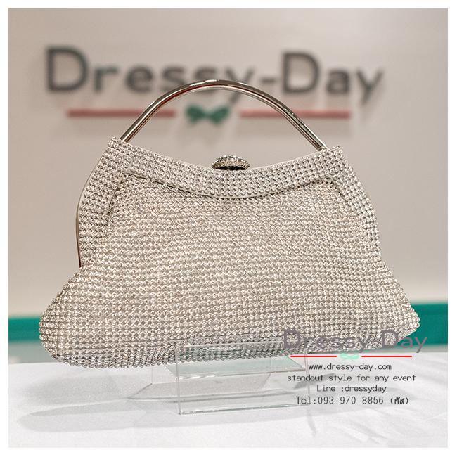 กระเป๋าออกงาน TE004: กระเป๋าออกงานพร้อมส่ง แบบมีหูหิ้ว สีเงิน เพชรทั้งใบ สวยหรูที่สุด ราคาถูกกว่าห้าง ถือออกงาน หรือ สะพายออกงาน สวย หรู ดูดีมากค่ะ