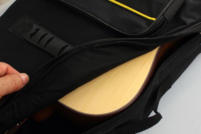 กระเป๋ากีต้าร์ 41 นิ้ว B413 ขอบเทา บุฟองน้ำหนา 10 mm