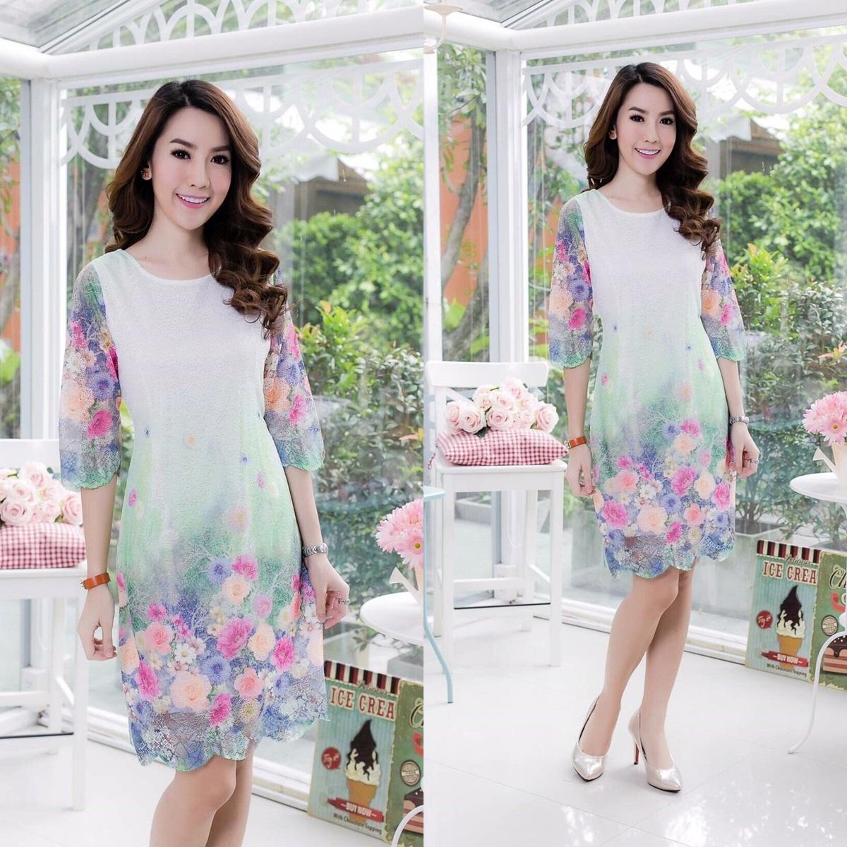 5 Size= M,L,XL,3XL,5XL เดรสผ้าลูกไม้ฉลุลายบนผ้า นำเข้าจากญี่ปุ่น โทนสีเขียว แขนสามส่วน กระโปรงลายเชิงสวยงาม