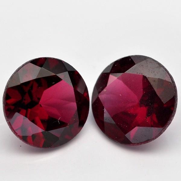 พลอยโกเมน (Rhodolite Garnet) พลอยธรรมชาติแท้ น้ำหนัก 2.85 กะรัต