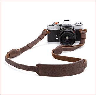 สายคล้องกล้องหนังแท้ cam-in หนังลิ้นจี่ ปรับความยาวสายได้ พร้อมแผ่นรองคอ
