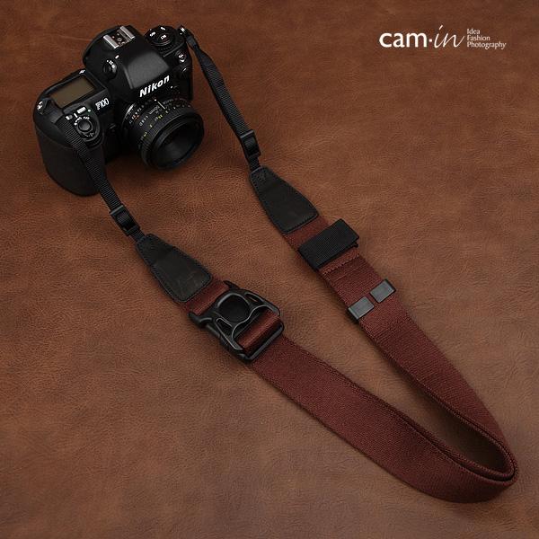 สายคล้องกล้องปรับสายสั้นยาวได้ Cam-in รุ่น Ninja สีน้ำตาล 38 mm