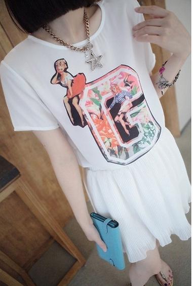 (SALE) เสื้อแฟชั่น ผ้าชีฟอง แขนสั้น ลายG สีขาว