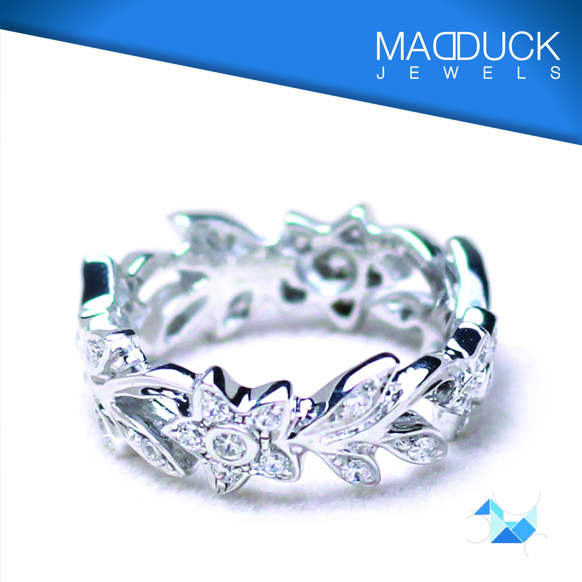 แหวนเงินแท้ เพชรสังเคราะห์ ชุบทองคำขาว รุ่น RG1304 Crown Flower