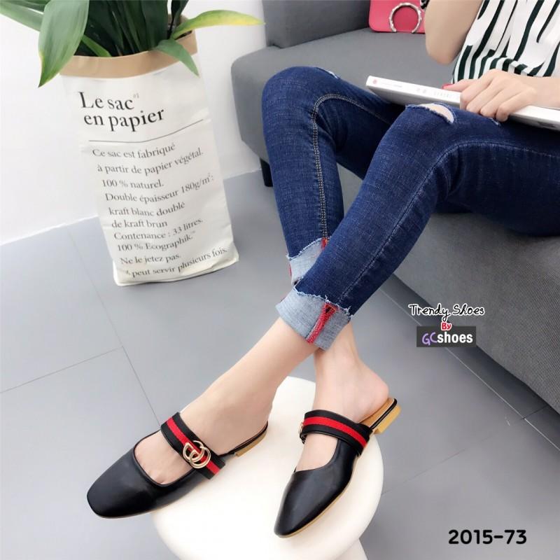 รองเท้าส้นเตี้ยเปิดส้นสีดำ แต่งอะไหล่ทอง GG (สีดำ )