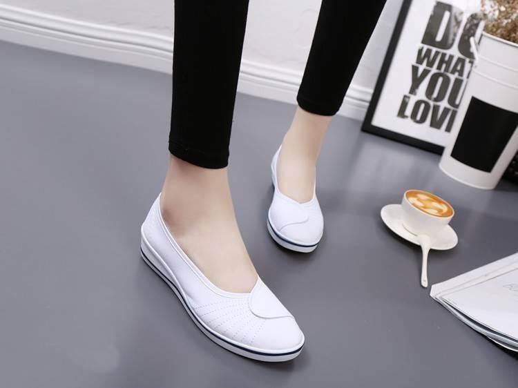 รองเท้าคัทชูพยาบาลสีขาว ผ้าแคนวาส พื้นยางนิ่ม (สีขาว )