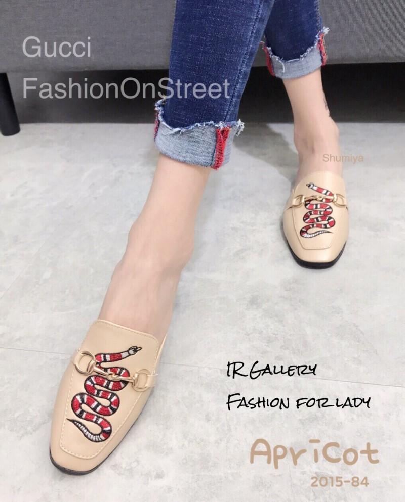 รองเท้าส้นแบนสีครีม ทรงสลิปเปอร์ Style Gucci (สีครีม )
