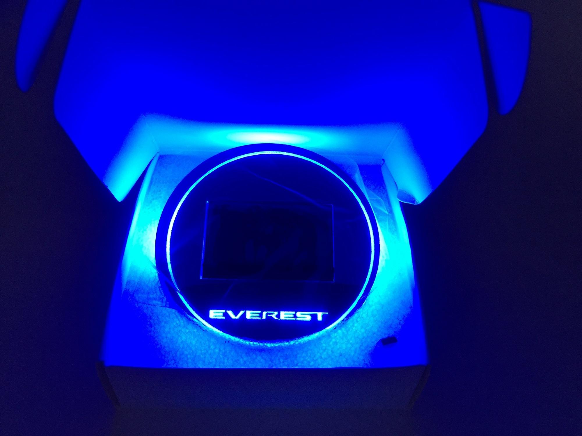 LED Cup Holder รองแก้วมีไฟ Everest