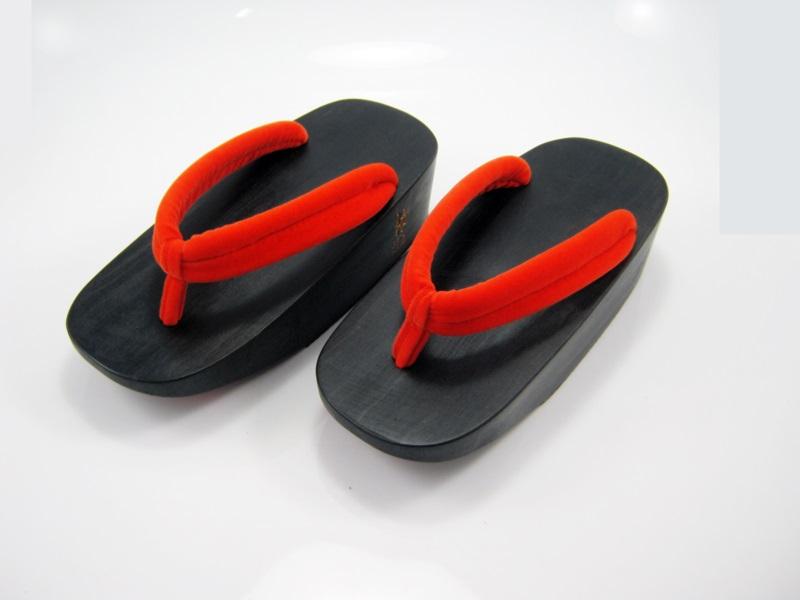 Fit Geta-13 รองเท้าเกี๊ยะไม้ดำ เชือกส้ม