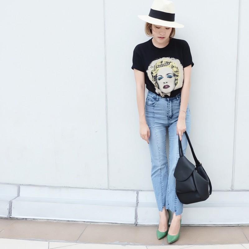 กระเป๋าเป้ผู้หญิง กระเปาสะพายข้างผู้หญิง สะพายได้สองแบบ สุดชิค [สีดำ ]