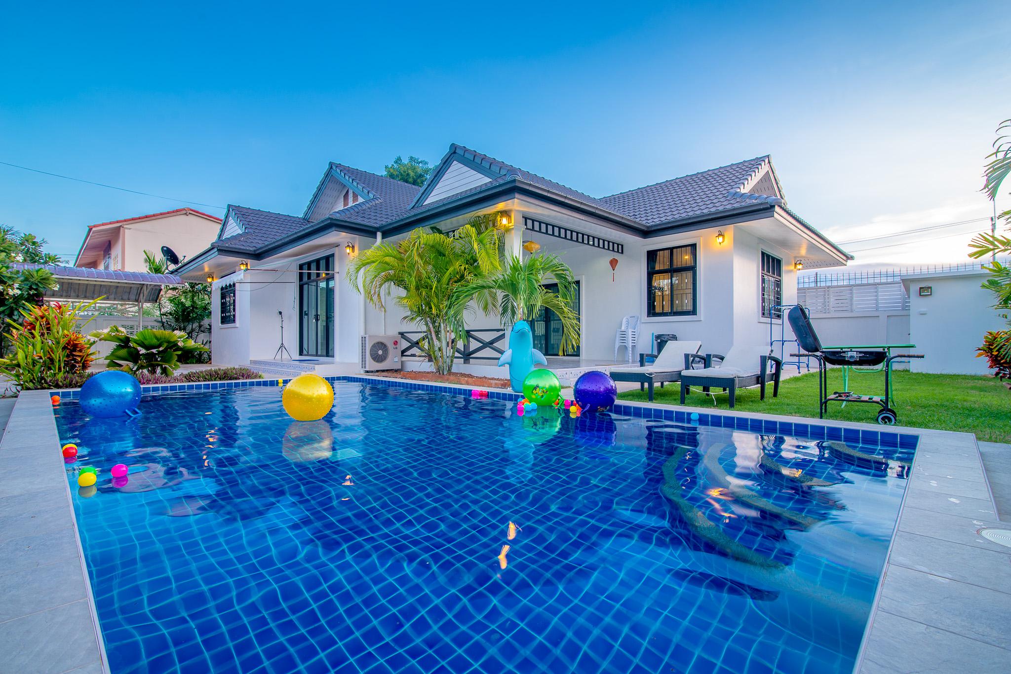 บ้าน Green Shop Pool Villa หัวหิน(บ้าน 3 ห้องนอน 2 ห้องน้ำ)