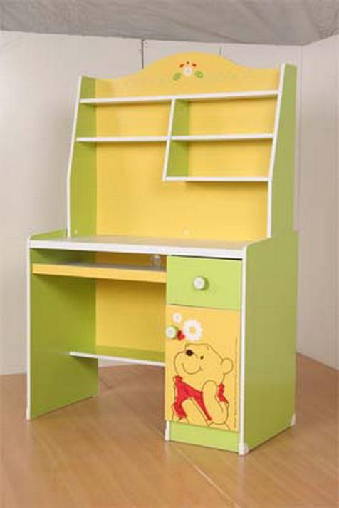 โต๊ะคอมพิวเตอร์หมีพลู Pooh