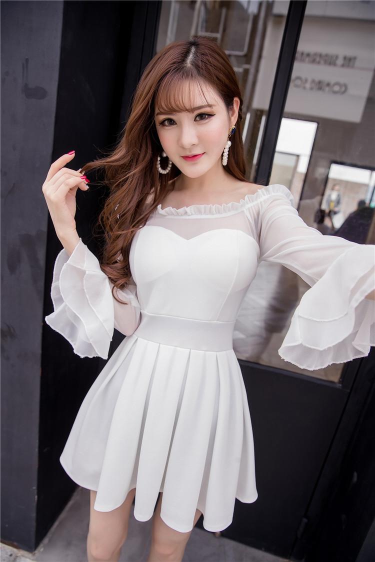 ชุดเดรสแฟชั่นเกาหลีสีขาว