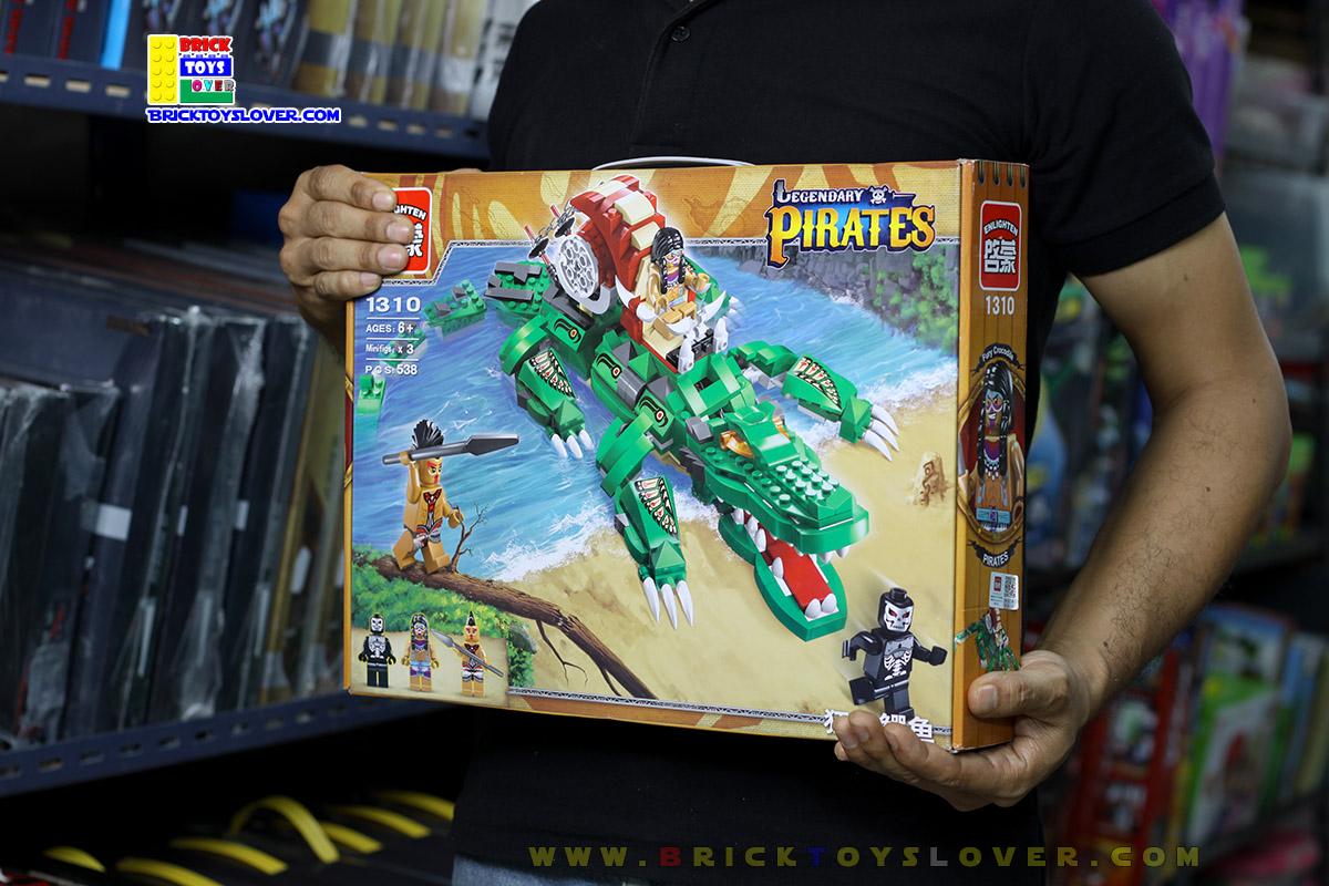 1310 ตัวต่อ Legendary Pirates โจรสลัด Furious Crocodile บนหลังพาหนะจรเข้ยักษ์