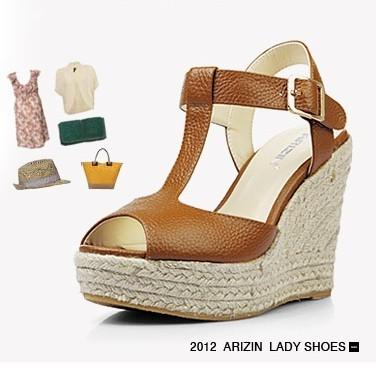 Preorder รองเท้าแฟชั่น สไตล์เกาหลี 30-43 รหัส MP-2583