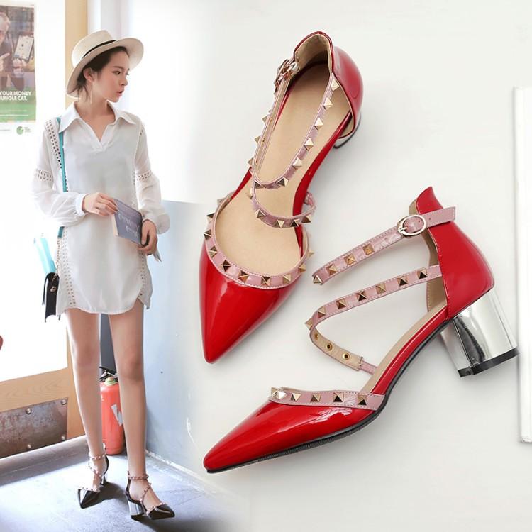 Preorder รองเท้าแฟชั่น สไตล์เกาหลี 34-43 รหัส 9DA-9813