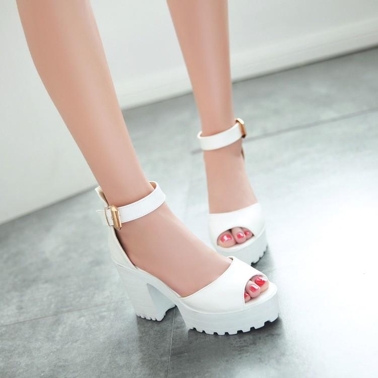 Preorder รองเท้าแฟชั่น สไตล์ เกาหลี 33-43 รหัส 9DA-3258