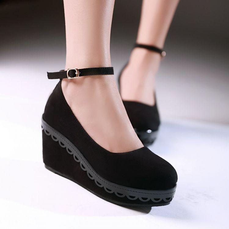 Preorder รองเท้าแฟชั่น สไตล์เกาหลี 34-43 รหัส 9DA-4786