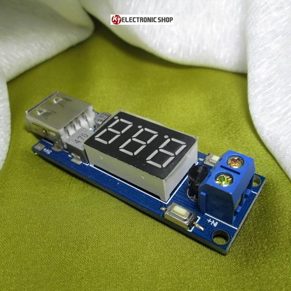 ตัววัดสถานะไฟแบตเตอรี่รถยนต์ พร้อมช่องเสียบชาร์ท USB สำหรับชาร์ทโทรศัทพ์มือถือ