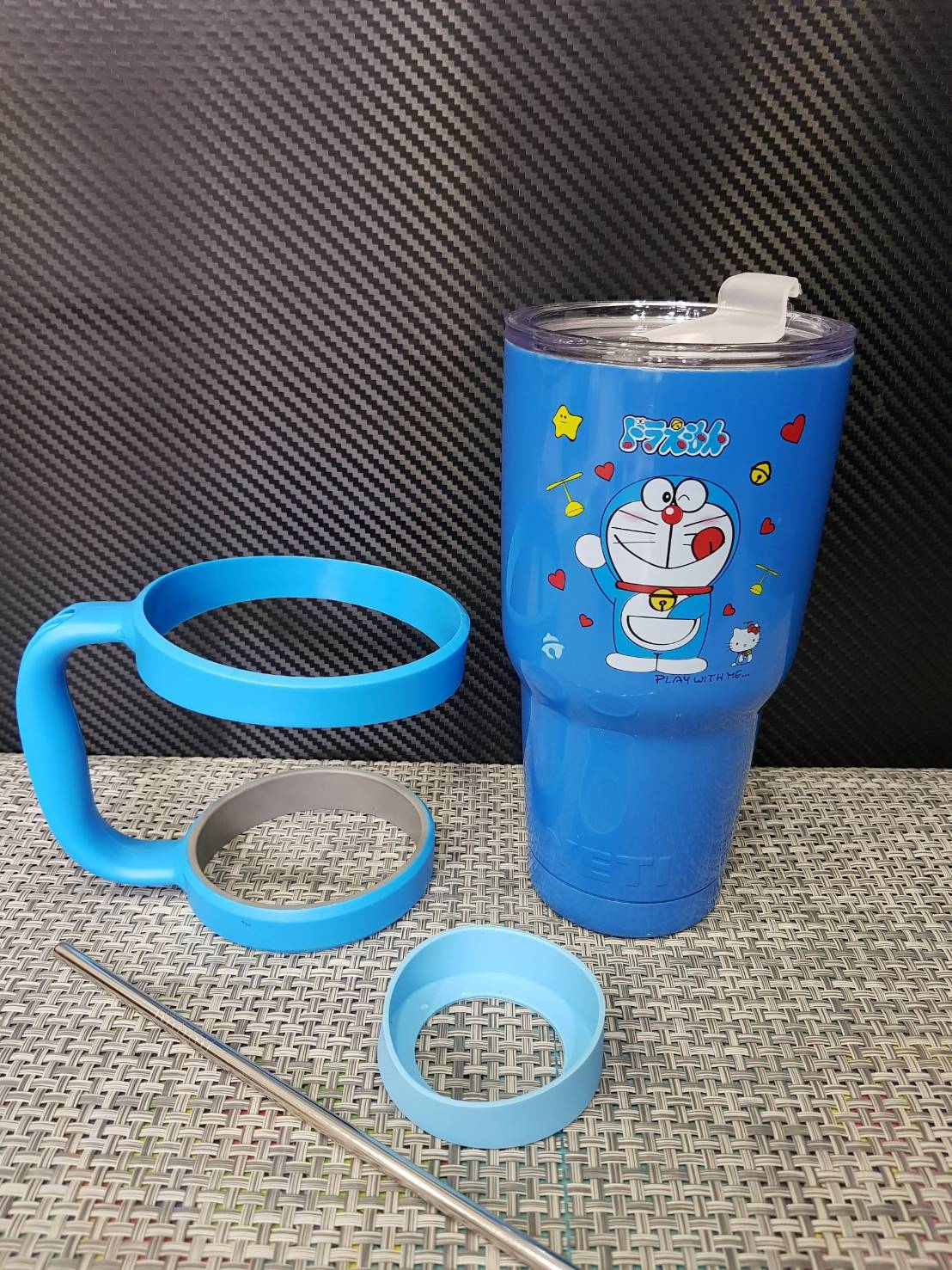 ชุดแก้วเยติ 30 ออนซ์ พื้นสีฟ้าเข้ม ลายการ์ตูน โดราเรม่อน