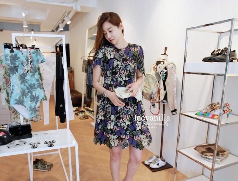 Isabel butterfly romance lace Dress